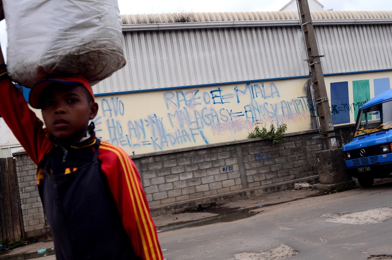 wHO's who? l'élection présidentielle à Madagascar en 18 photos  ST+1+CLR