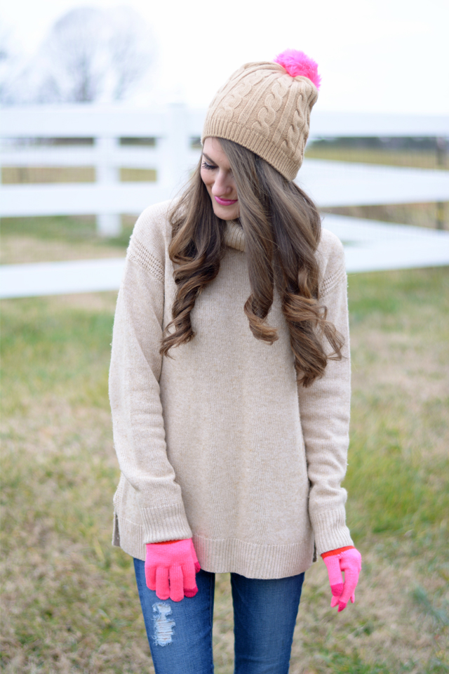 Love this beanie with the pink pom pom!