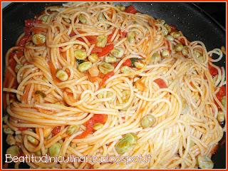 spaghetti con fave