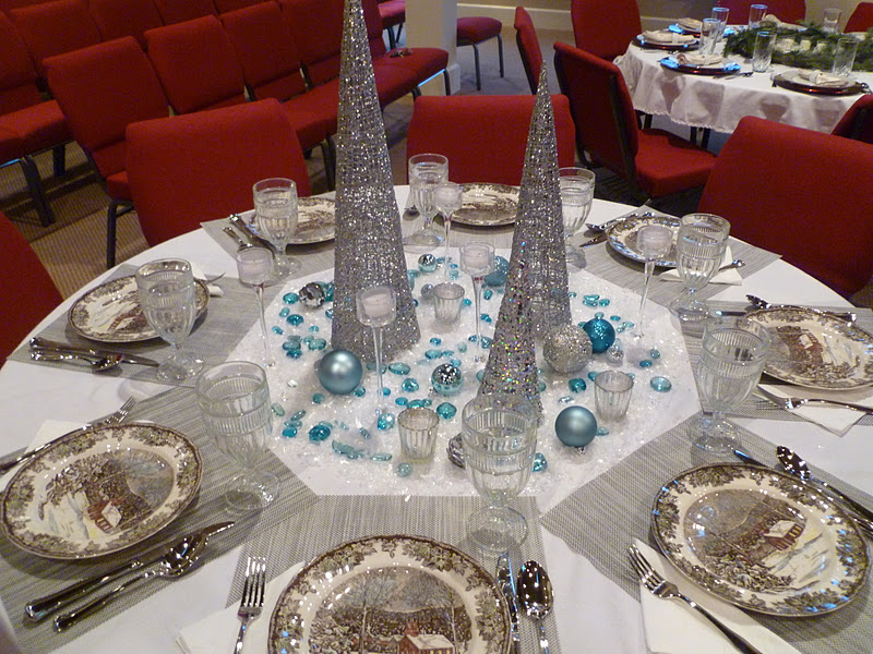 only from scratch christmas tablescapes - Tablescapes