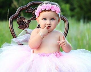 Foto Gambar Bayi Lucu dan Imut
