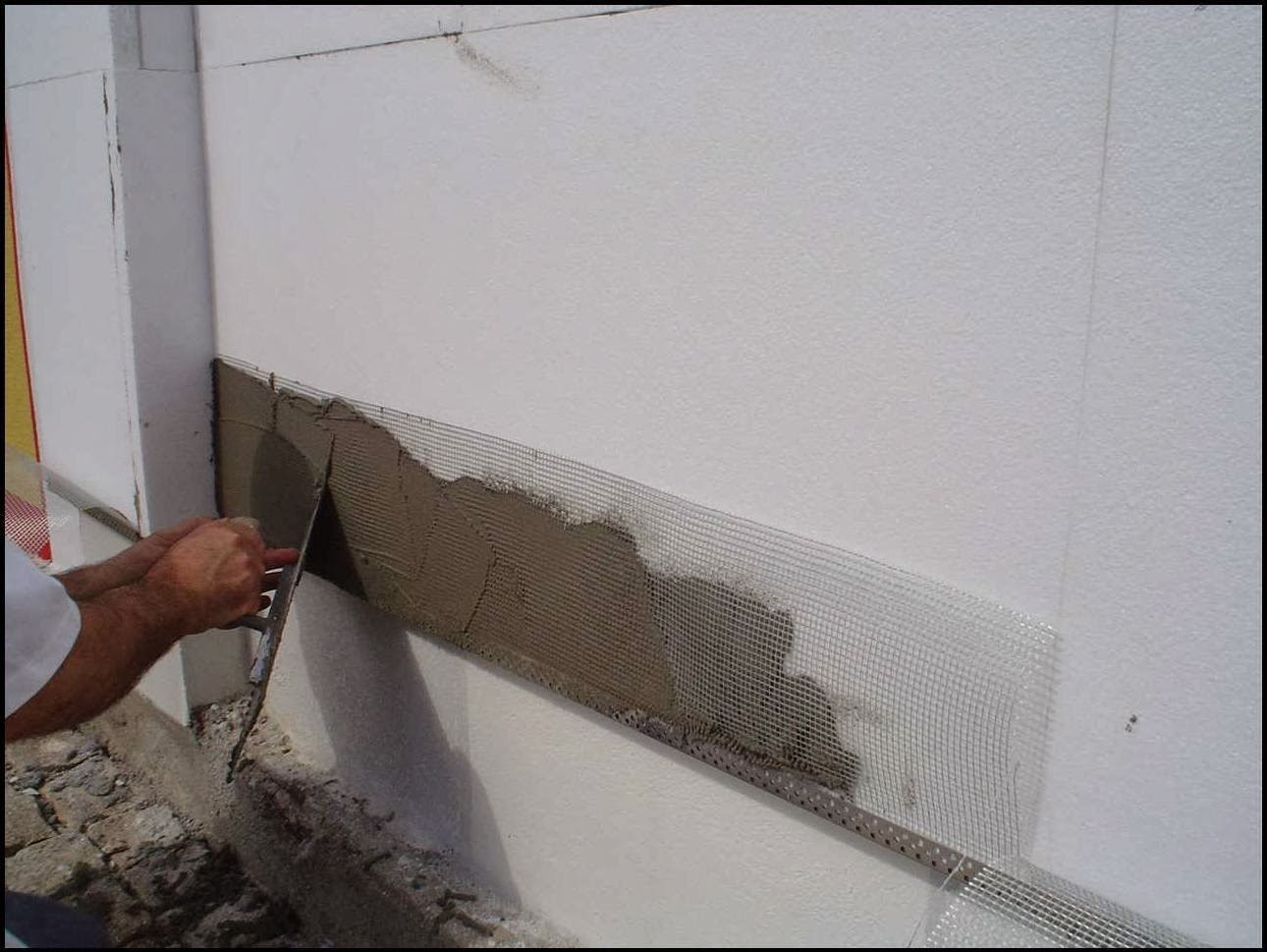 Fixação-da-rede-suspensa-pintar-a-casa