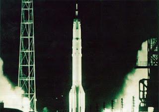 ¿Y si los soviéticos hubiesen sido los primeros en llegar a la Luna? 4fbf26c38bcb