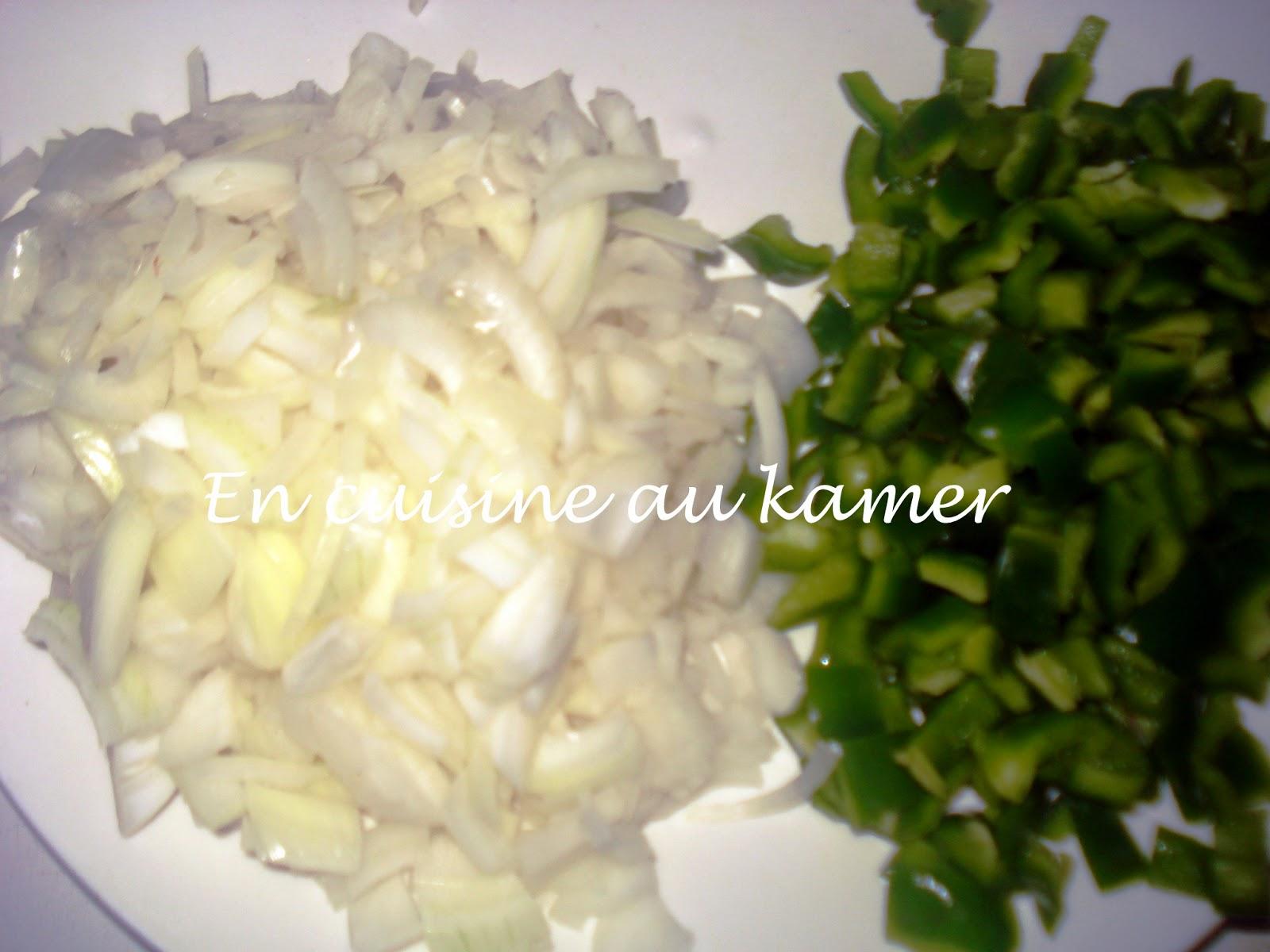 En Cuisine Au Kamer Poulet Fume Aux Legumes La Cuisine Camerounaise