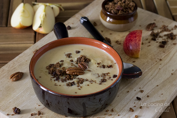 brie-gouda-soup-oat-pecan-crumble