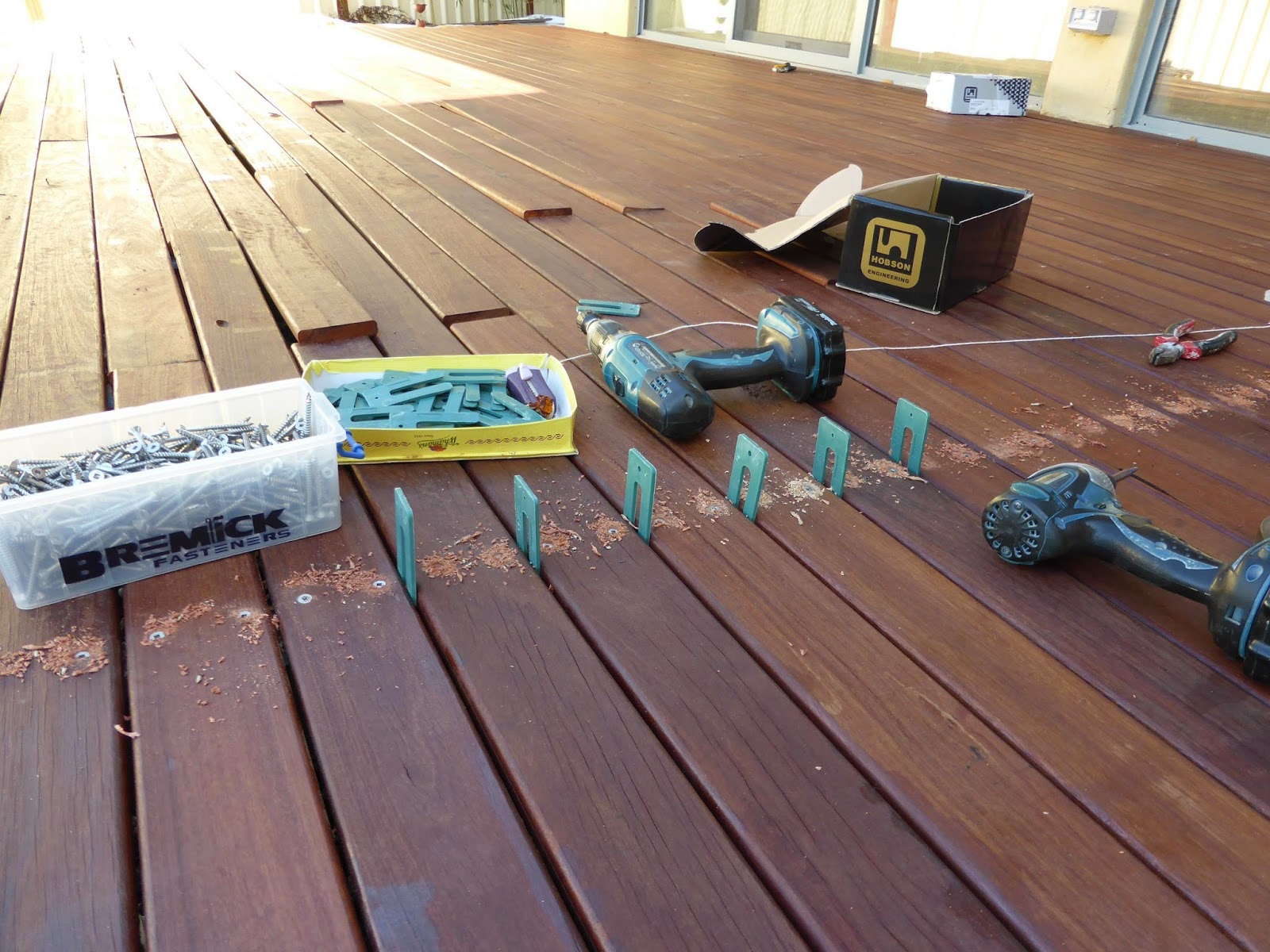 Culburra hemp house decks finished for Timber decking spacers