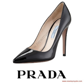 Queen Letizia Style PRADA Toe Pump and FELIPE VARELA Dress