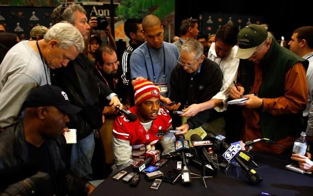 Alvo de muitas críticas, jogador foi muito procurado pela imprensa durante a semana (Foto: Getty Images)