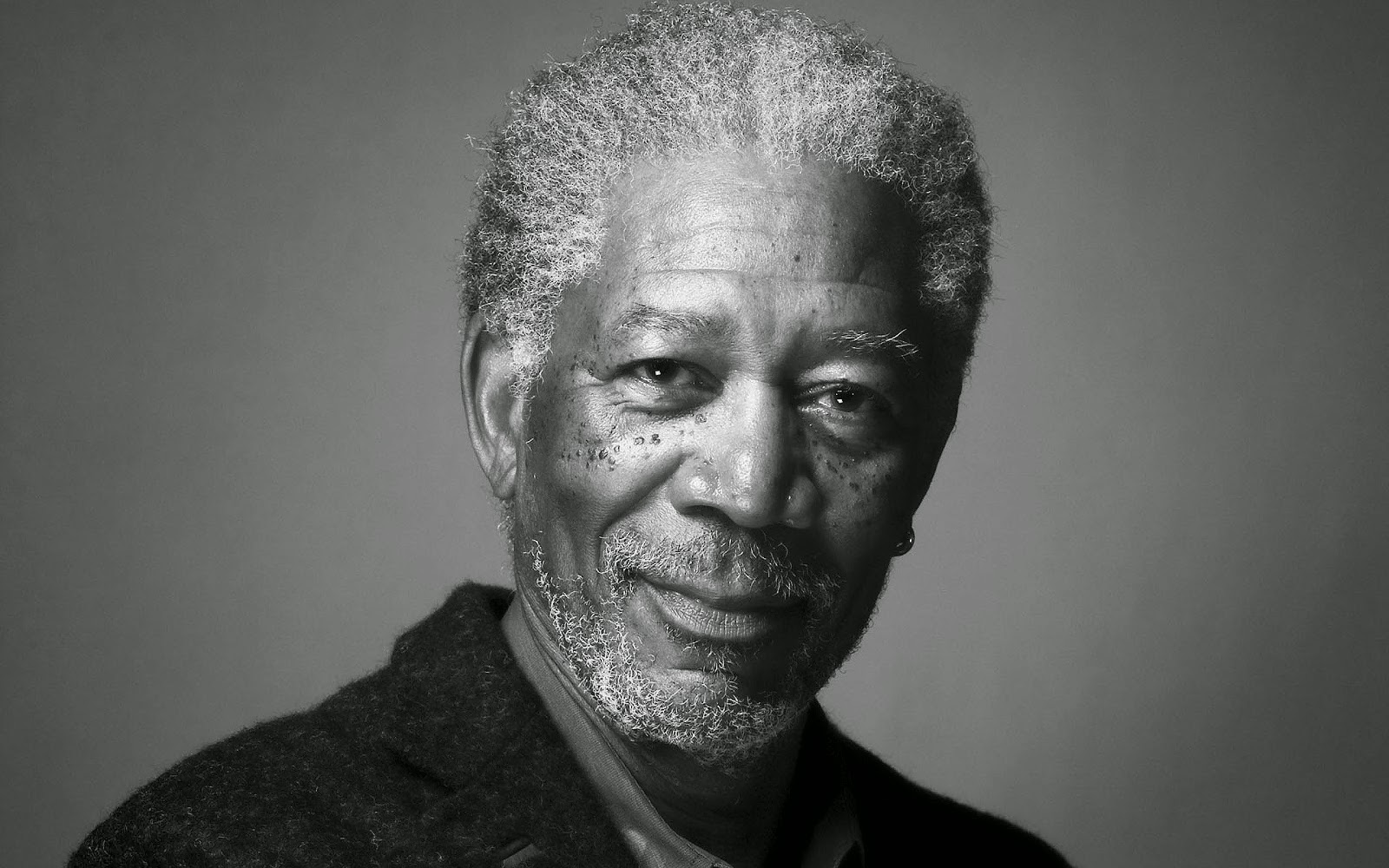 http://www.ohmymag.com/morgan-freeman/wallpaper