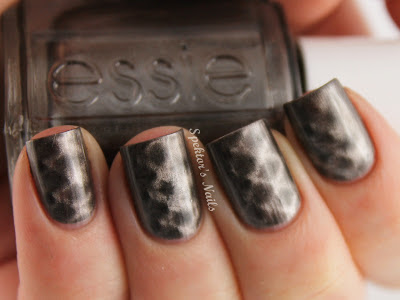 Essie - Snake, Rattle And Roll