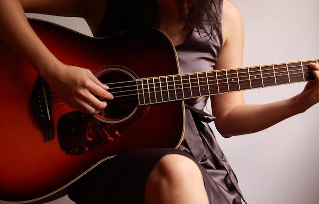 100 Tangga Lagu Barat Terbaru Terpopuler