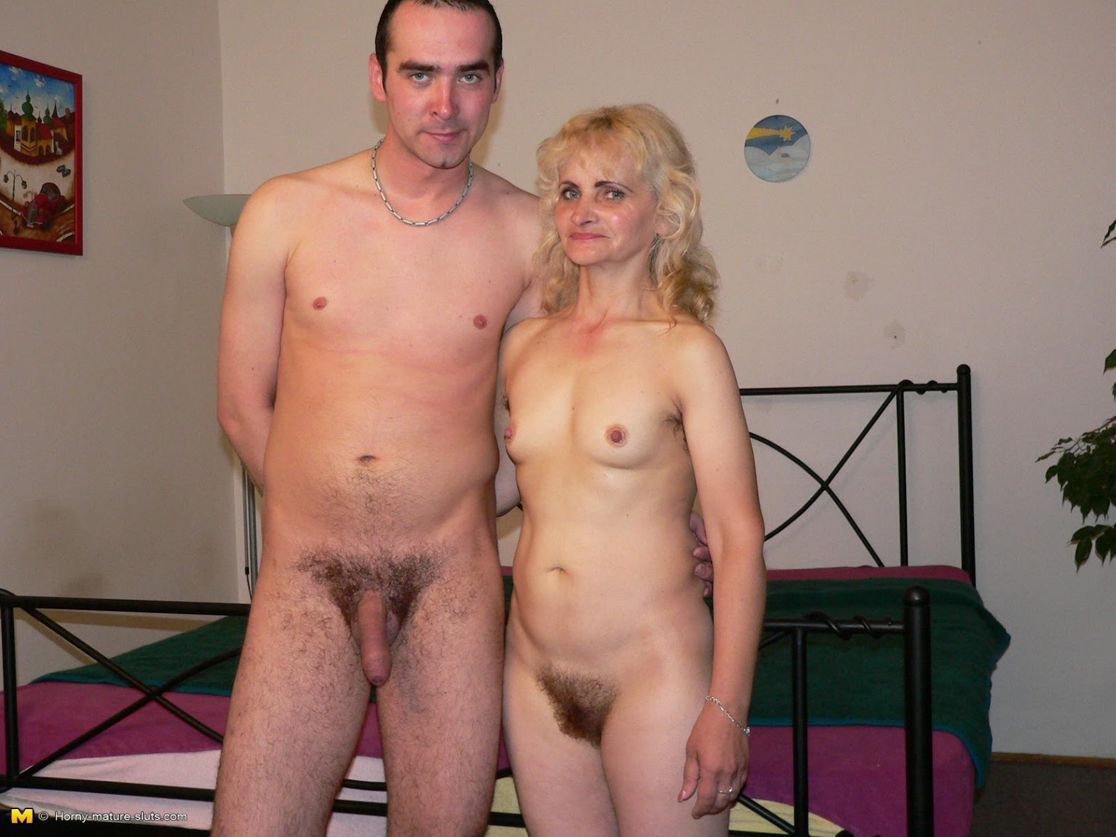 Sexo picd of nude male with female naked scene