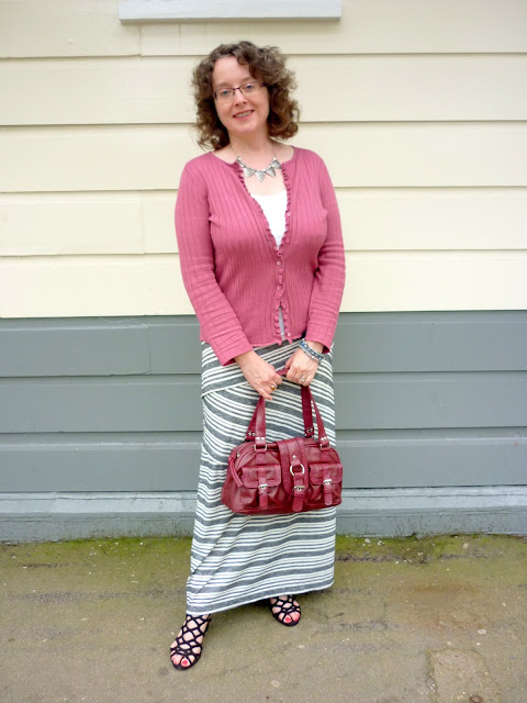 Grey & Ivory Maxi Skirt, Raspberry Top & Bag | Petite Silver Vixen