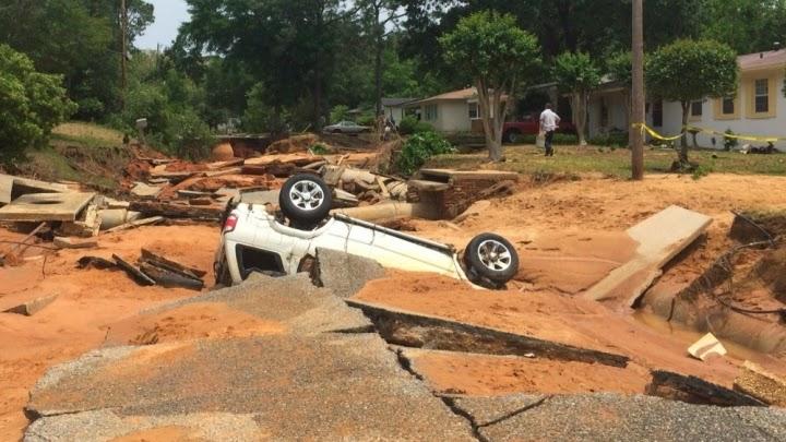 Post-storm damage in West Pensacola, Florida. (Credit: Florida Fish & Wildlife/Flickr) Click to Enlarge.