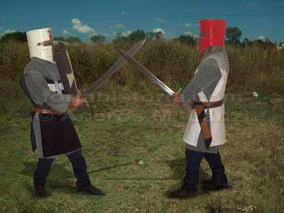 caballeros medievales peleando