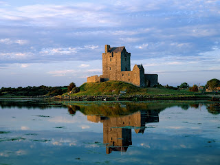 Dunguaire Castle, Ireland Wallpapers
