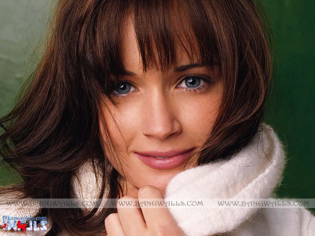 http://4.bp.blogspot.com/-bsmB9o9FWjw/TqEdVeYZ9oI/AAAAAAAAAng/QJDyJKrJtgQ/s1600/Alexis+Bledel+Nice+Look.jpg