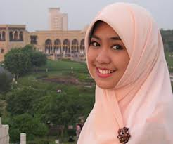 10 Alasan Wanita Islam Harus Berjilbab