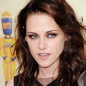 Kristen Stewart Twilight on Kristen Jaymes Stewart   Twilight Actress   Goalpostlk