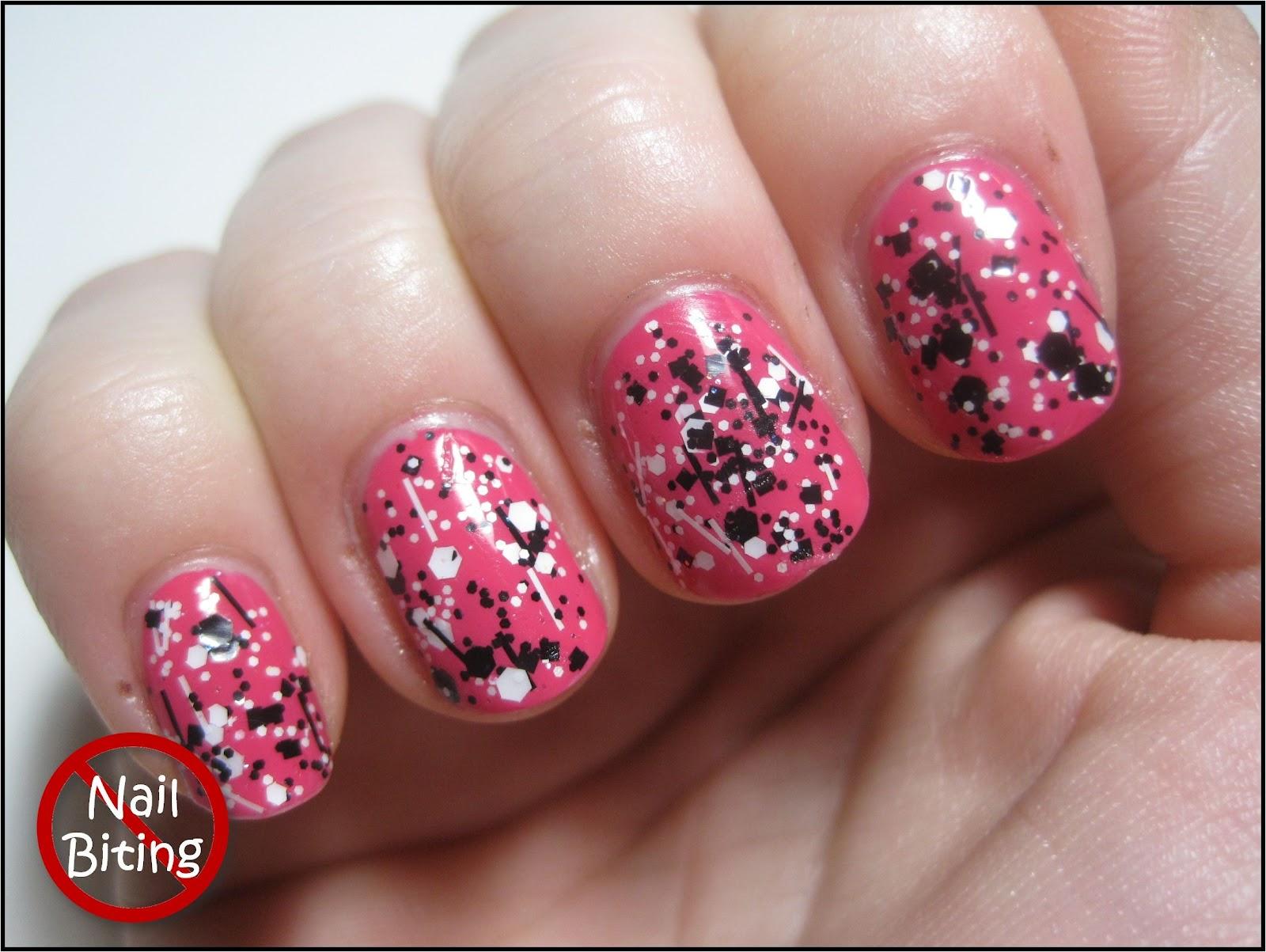 Darling Nails: May 2012