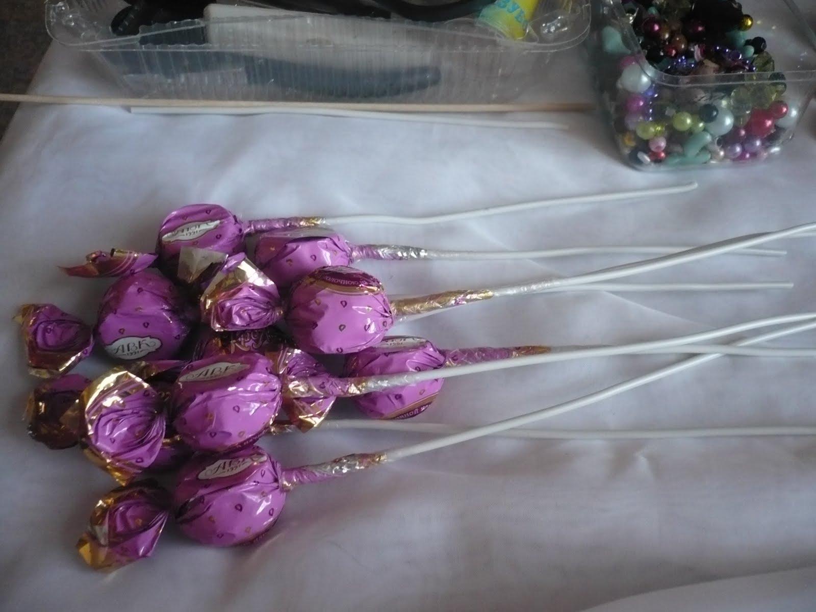 Как сделать букет из конфет своими руками: мастер-класс 83