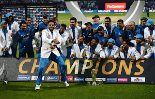 Virat-Kohli-does-his-rendition-of-Gangnam-Style-India-vs-England-Champions-Trophy-2013