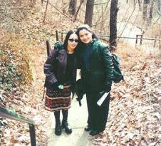 Endah Agustiana PhD Sahabat Marissa Haque saat Sekolah Film di Ohio University, USA