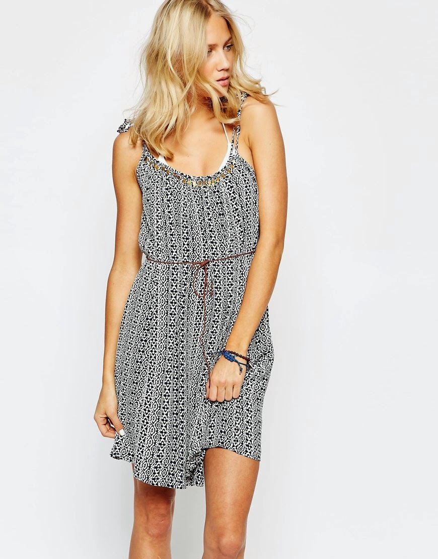 beach dress, oysho beach dress,