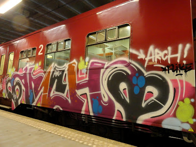 Arch graffiti