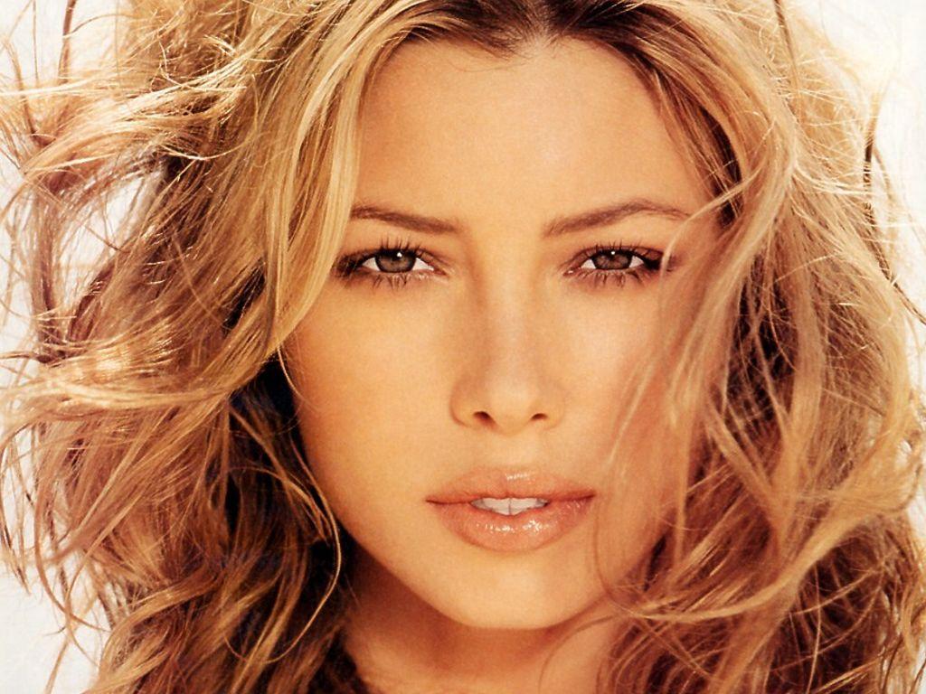 http://4.bp.blogspot.com/-bterQF0bWI8/Tt6GxLR1V-I/AAAAAAAAArI/-VLsakVUt_0/s1600/Jessica-Biel-51.jpg