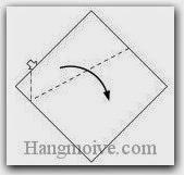 Bước 14: Mở lớp giấy trên cùng ra, kéo và gấp lớp giấy xuống dưới.