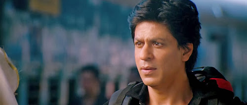 Screen Shot Of Hindi Movie Chennai Express (2013) Download And Watch Online Free at worldfree4u.com