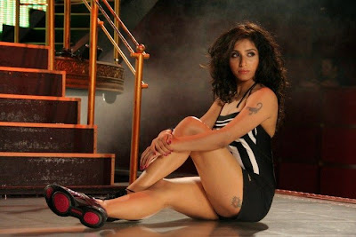 Hot Spicy Singer Neha Bhasin wallpapers