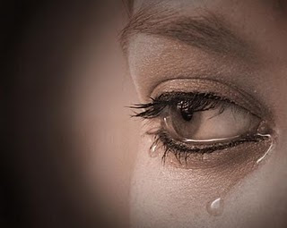 صور دموع بنات حزينة جديدة 2013