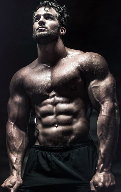 Guys with Sexy Abs