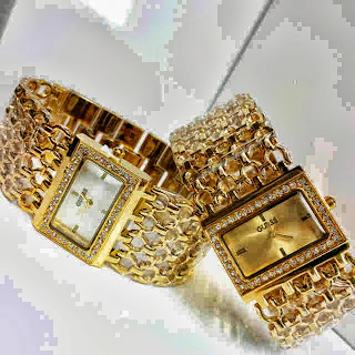 Jam Tangan Guess Fish Diamond Gold
