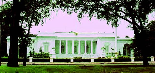 Istana Merdeka - 7 Keanehan Istana Presiden Indonesia
