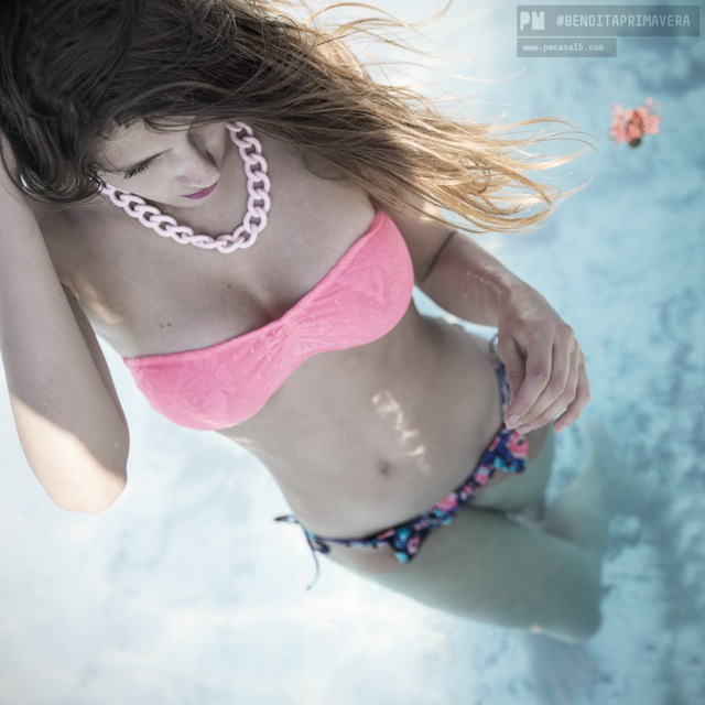 Ana Lucía Blaksley en el agua