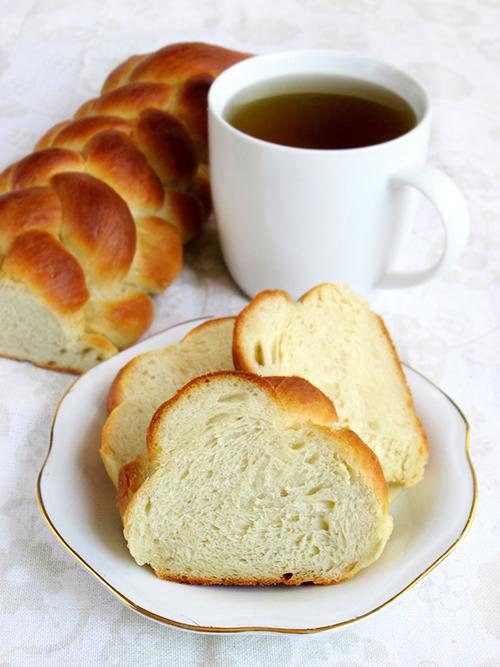 Braided orange vanilla loaf tinascookings.blogspot.com