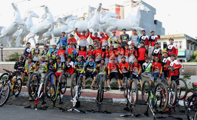 Persahabatan Sepeda