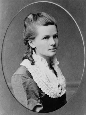 Berth Benz (1849 – 1944) por volta de 1870.