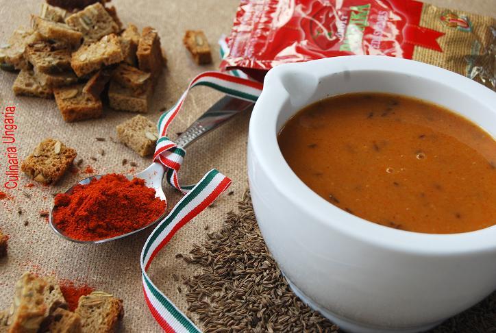 culinaria ungaria ungarische paprika k mmel suppe. Black Bedroom Furniture Sets. Home Design Ideas