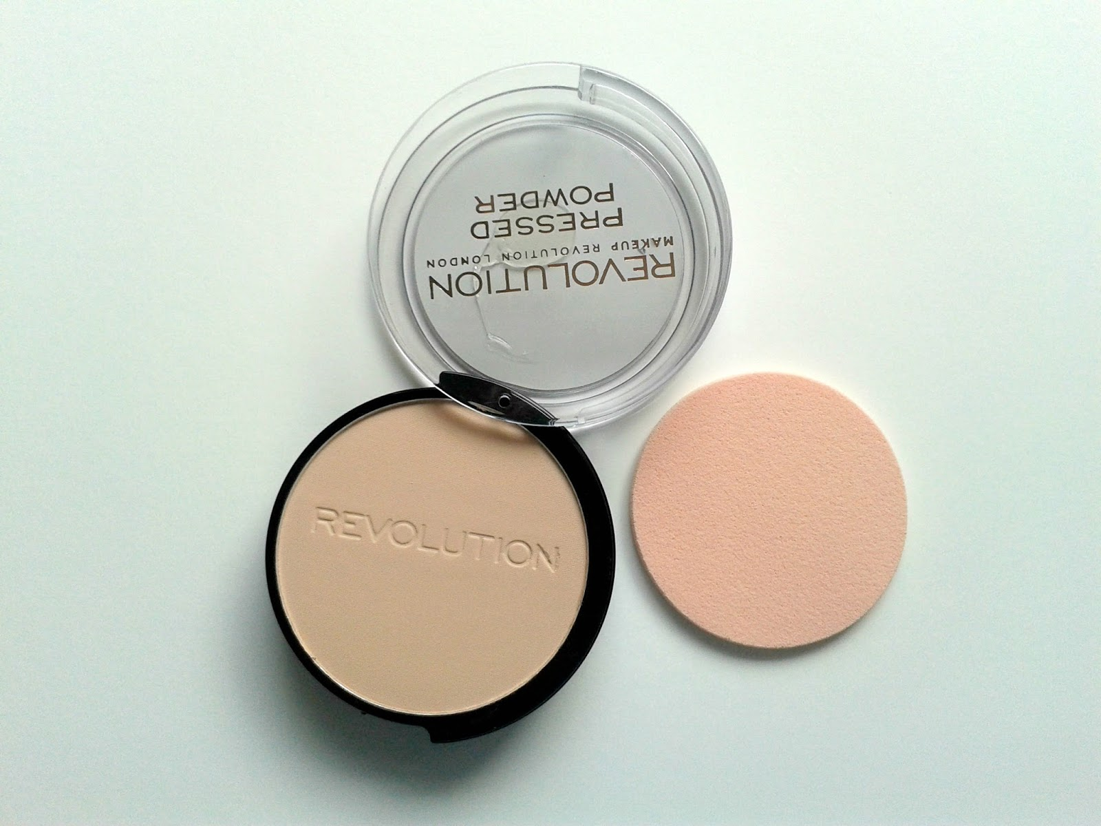 Makeup Revolution Pressed Powder in Porcelain Beauty Review
