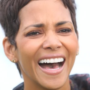 halle berry teeth