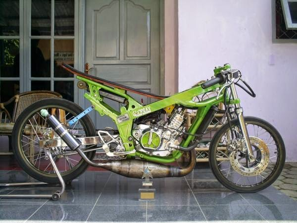 Foto Modifikasi Motor Ninja 4 Tak Drag Version Terbaru