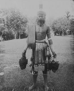Misteri Panglima Burung dari Kalimantan....!!! | http://indonesiatanahairku-indonesia.blogspot.com/