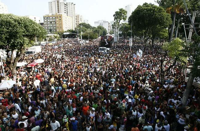LISTA DAS PARADAS LGBT 2012