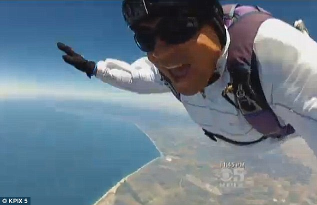 Heart-stopping incident of skydiver's 13,000ft plummet to the ground unconscious after problem with his parachute