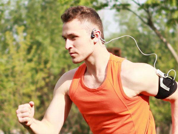 Chọn tai nghe phù hợp đặc biệt quan trọng trong hoạt động thể thao