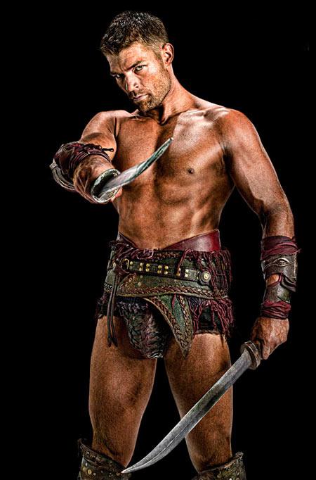 Liam McIntyre como el Spartacus post Whitfield